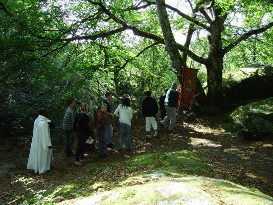 messe aux rochers de St Julien